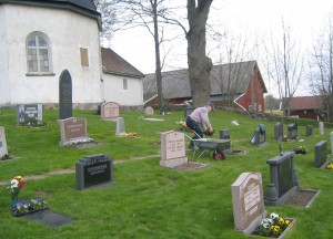 Margareta in graveyard